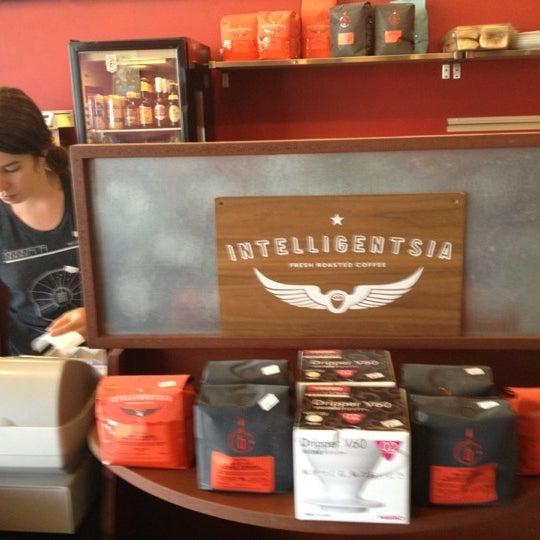 Foto tomada en Mars Cafe por Tony S. el 4/9/2012