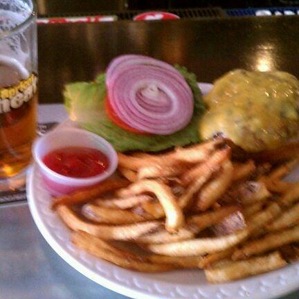 Photo prise au Buddha Beer Bar par D le4/5/2012