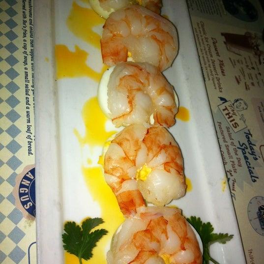 2/10/2012에 Hai V.님이 Ike's Food & Cocktails에서 찍은 사진