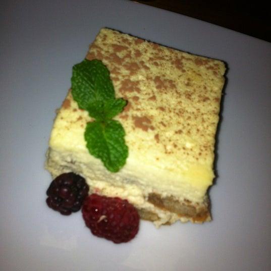 Photo prise au Cucina Asellina par Stephanie S. le4/15/2012