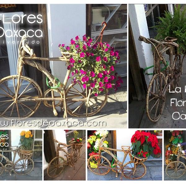 Día Mundial de la Bicicleta ... sólo hoy 10% de descuento en ramos. (19/04/2012) 15% si vienes en bicicleta ;)