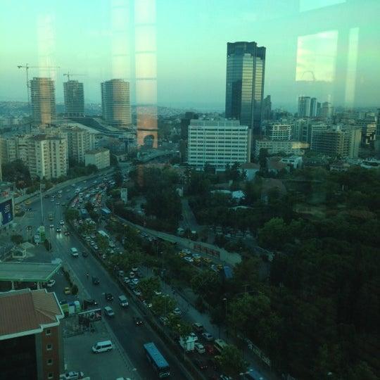 Foto scattata a The Istanbul Edition da Burcin K. il 6/25/2012
