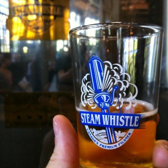 6/26/2012 tarihinde Greg S.ziyaretçi tarafından Steam Whistle Brewing'de çekilen fotoğraf