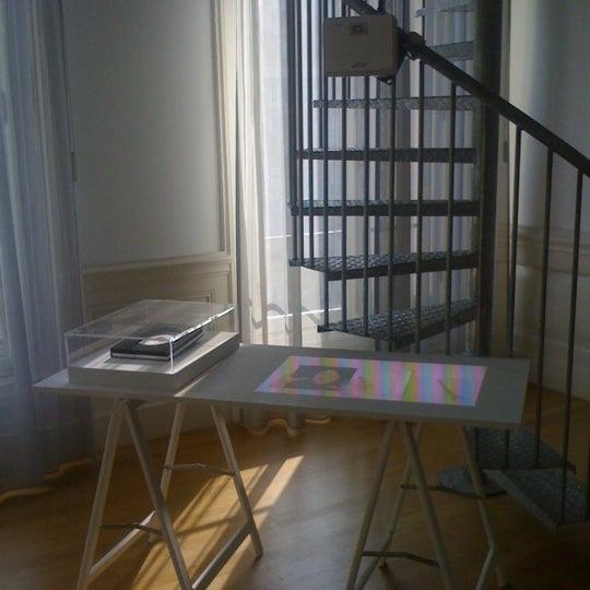รูปภาพถ่ายที่ Foam โดย Masha S. เมื่อ 4/2/2012