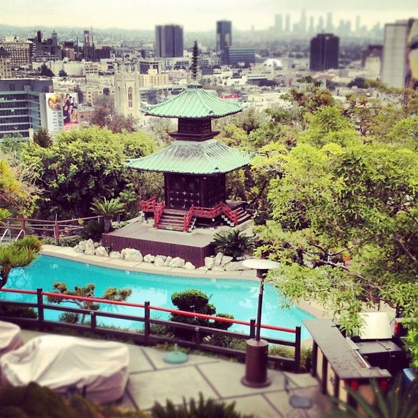 Foto scattata a Yamashiro Hollywood da Anthony S. il 9/7/2012