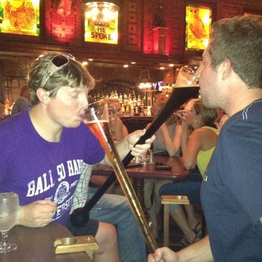 Снимок сделан в The Owl Bar пользователем Teresa A. 8/3/2012