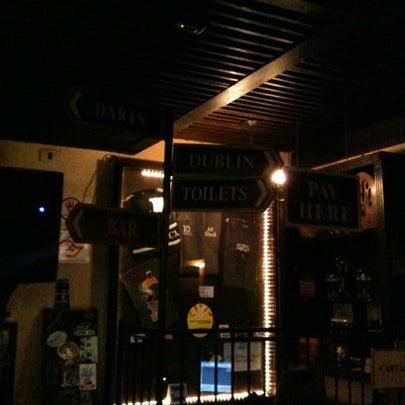 Foto diambil di All Black Irish Pub oleh Thiago B. pada 7/29/2012