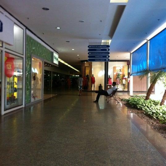 Foto diambil di Shopping Rio Claro oleh Regiane L. pada 4/15/2012