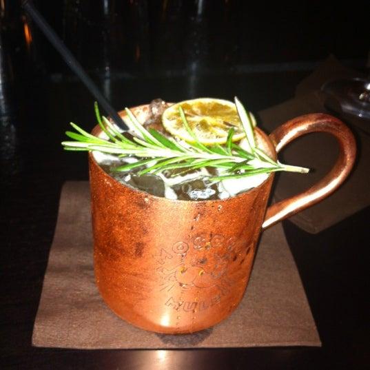 Foto tomada en Brasserie Pushkin por Charlene B. el 5/25/2012