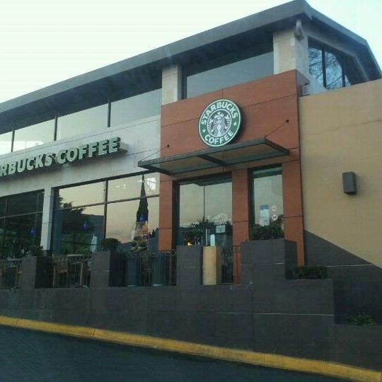 Starbucks Av Enrique Ramírez Miguel 450