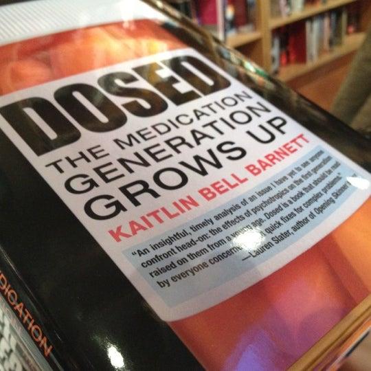 Das Foto wurde bei BookCourt von Andrew N. am 4/13/2012 aufgenommen