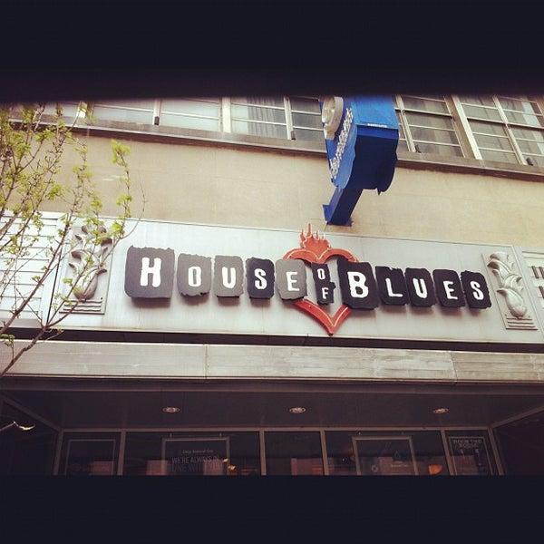 4/15/2012 tarihinde Ashley B.ziyaretçi tarafından House of Blues'de çekilen fotoğraf