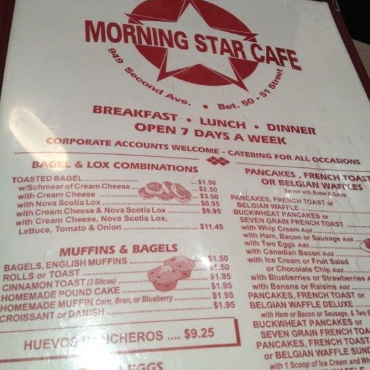 Photo prise au Morning Star Cafe par Derrick J. le8/30/2012