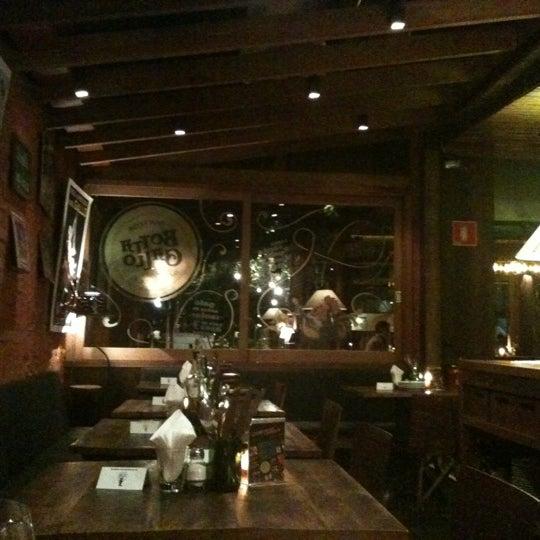 รูปภาพถ่ายที่ Bottega Bottagallo โดย Juliana P. เมื่อ 6/30/2012