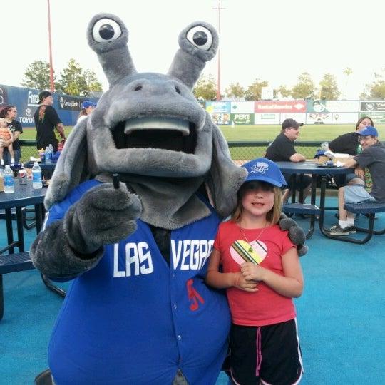 Photo prise au Cashman Field par Nikki C. le7/22/2012