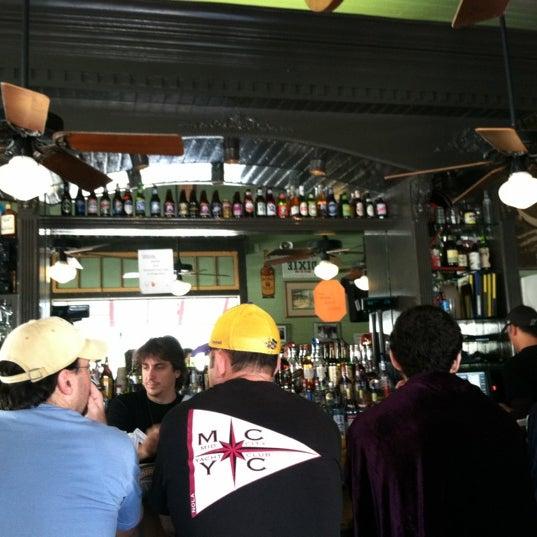 2/20/2012にt j.がParkway Bakery & Tavernで撮った写真