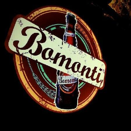 รูปภาพถ่ายที่ Sardunya's Brasserie Bomonti ve Şarap Evi โดย Aybars S. เมื่อ 9/8/2012