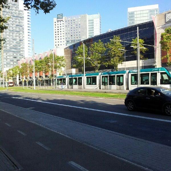 Foto scattata a Diagonal Mar da lou d. il 8/14/2012