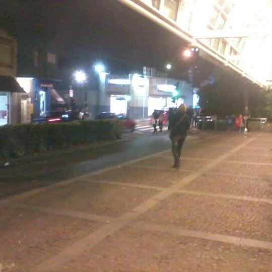 7/27/2012 tarihinde Caio Cesar G.ziyaretçi tarafından Shopping Center Penha'de çekilen fotoğraf