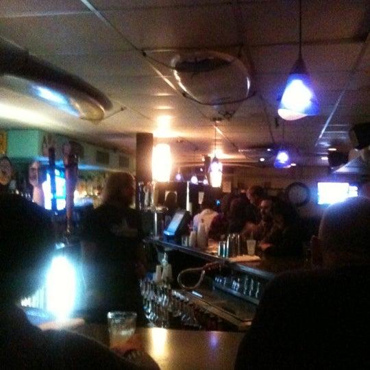 Foto tomada en Cabanas Beach Bar and Grill por Stephanie D. el 4/28/2012