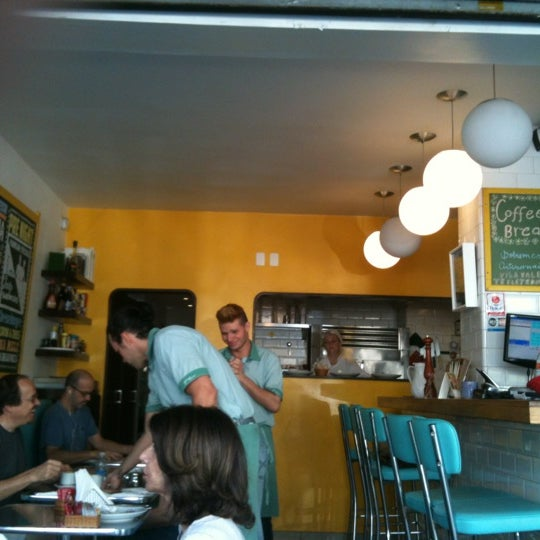 Photo prise au Gringo Café par Paula N. le8/25/2012