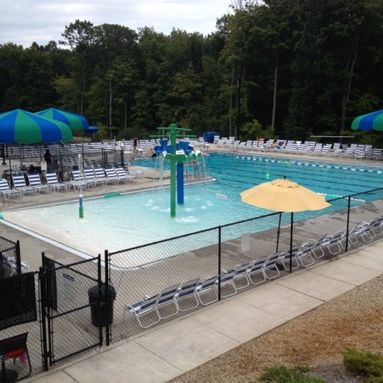 Edgewood pool and tennis club middlebury ct
