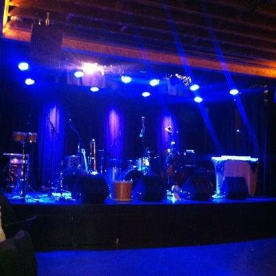 Foto tirada no(a) Sweetwater Music Hall por Sally K. em 8/4/2012