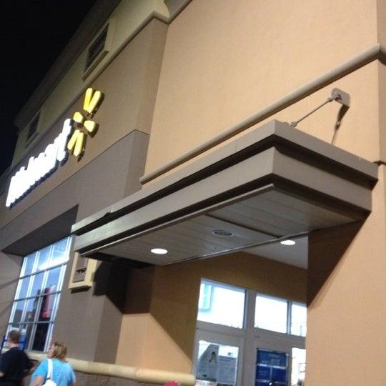 7/28/2012 tarihinde Diana J.ziyaretçi tarafından Walmart'de çekilen fotoğraf
