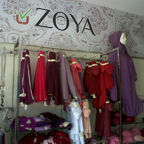 Zoya Fashion Tgk Daud Breueh Street