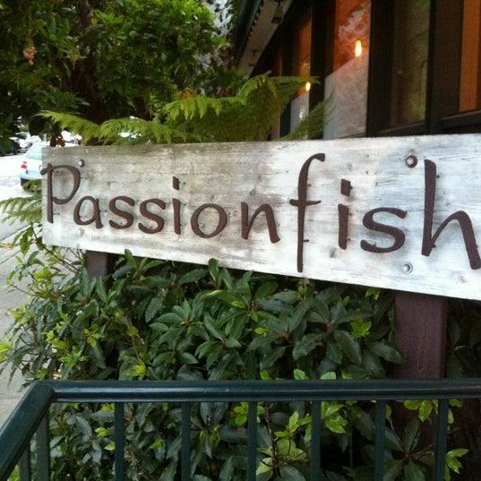 7/5/2012에 Venicebeach B.님이 Passionfish에서 찍은 사진