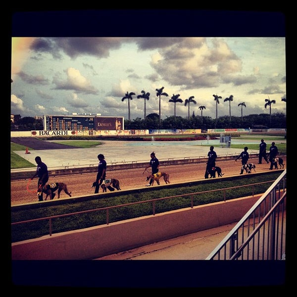 Foto tomada en Magic City Casino por Joelle A. el 6/17/2012