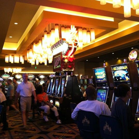 Foto scattata a Greektown Casino-Hotel da Jacob L. il 6/21/2012