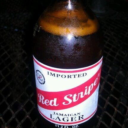 3/25/2012 tarihinde Ralph R.ziyaretçi tarafından Royal Oak Bar and Grill'de çekilen fotoğraf