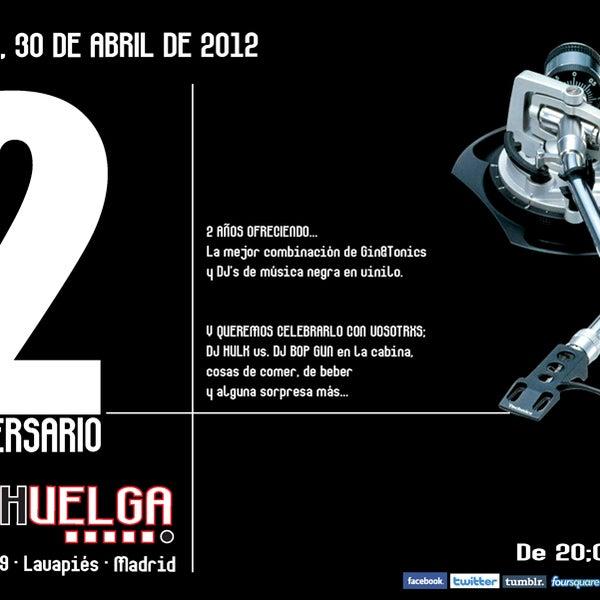 PRIMER AVISO!!! El lunes 30 de abril,a partir de las 20:00, celebramos nuestro II Aniversario. DJ's, cerveza gratis, algo de comer... Os esperamos!