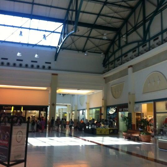 รูปภาพถ่ายที่ Shopping Iguatemi โดย patricia m. เมื่อ 9/3/2012