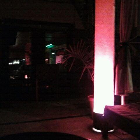 4/28/2012에 Lemar S.님이 Mosaic Wine Lounge에서 찍은 사진