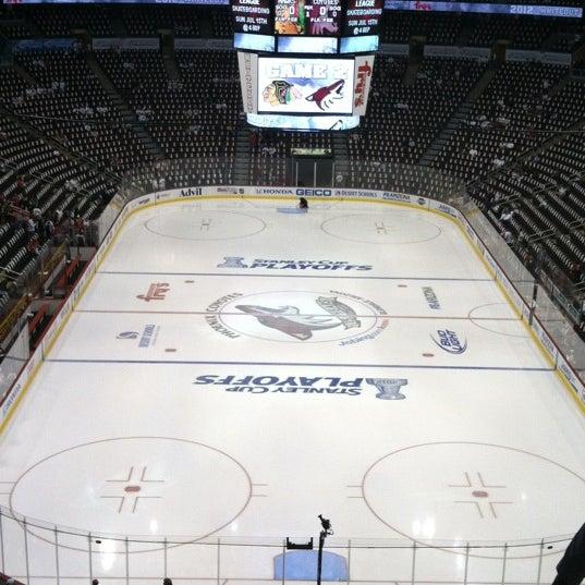 4/15/2012 tarihinde Hope V.ziyaretçi tarafından Gila River Arena'de çekilen fotoğraf