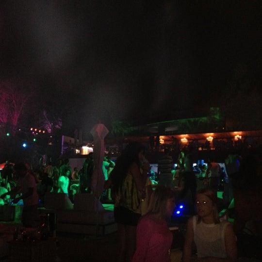 Foto tirada no(a) Blue Marlin Ibiza por Patrick S. em 3/30/2012