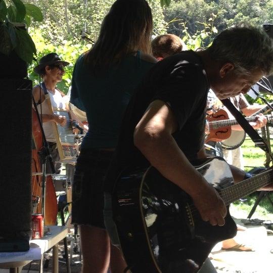 Das Foto wurde bei Kelsey See Canyon Vineyards von Linda L. am 6/24/2012 aufgenommen