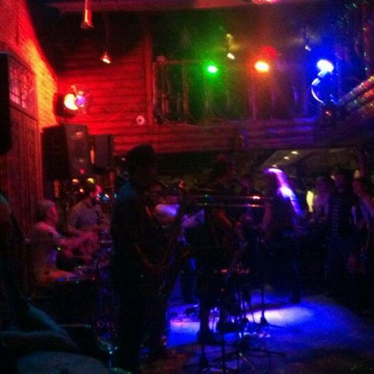 Photo prise au Mehanata Bulgarian Bar par Mike M. le3/25/2012