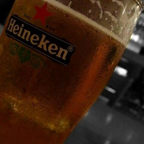 Снимок сделан в Die Stube German Bar & Resto пользователем Shey P. 5/26/2012