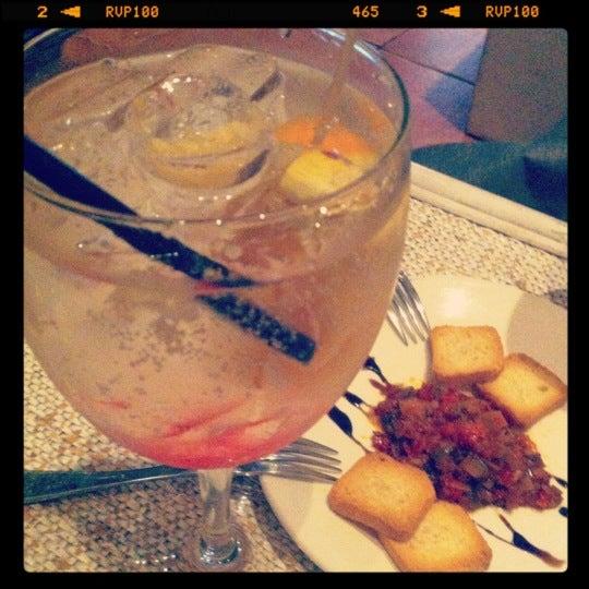 Foto tirada no(a) Restaurante Onze por Sara T. em 5/17/2012