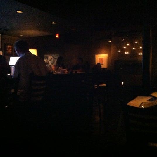 รูปภาพถ่ายที่ Terilli's โดย Steve F. เมื่อ 8/26/2012
