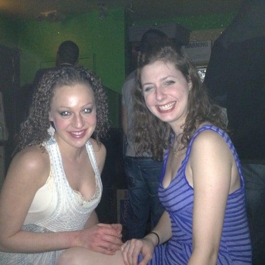 Foto diambil di Beauty Bar oleh Joe T. pada 3/4/2012