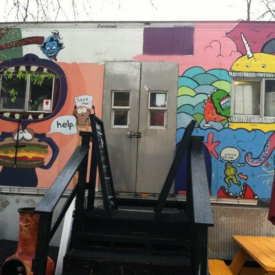3/11/2012 tarihinde Jessica M.ziyaretçi tarafından The Jalopy Rotisserie and Press'de çekilen fotoğraf