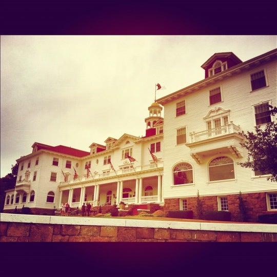 Снимок сделан в Stanley Hotel пользователем Cory S. 8/13/2012