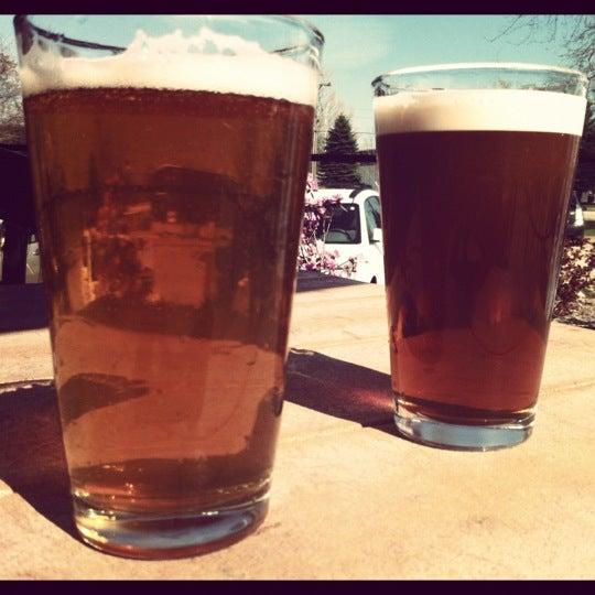 Снимок сделан в Saugatuck Brewing Company пользователем Sarah E. 3/25/2012