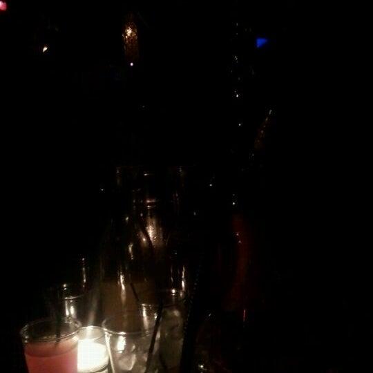 รูปภาพถ่ายที่ Tantra Lounge โดย Sonia A. เมื่อ 7/29/2012
