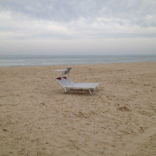 4/29/2012에 Laura M.님이 La Spiaggia Del Cuore 110에서 찍은 사진