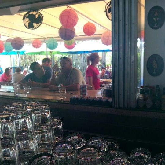Photo prise au Rosie's Bar & Grill par Michael O. le4/5/2012